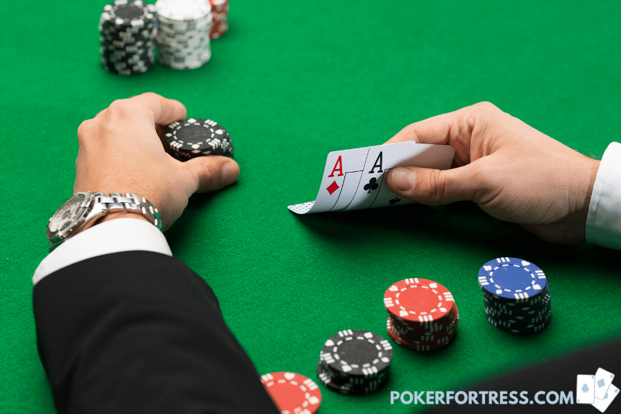 show hand in poker