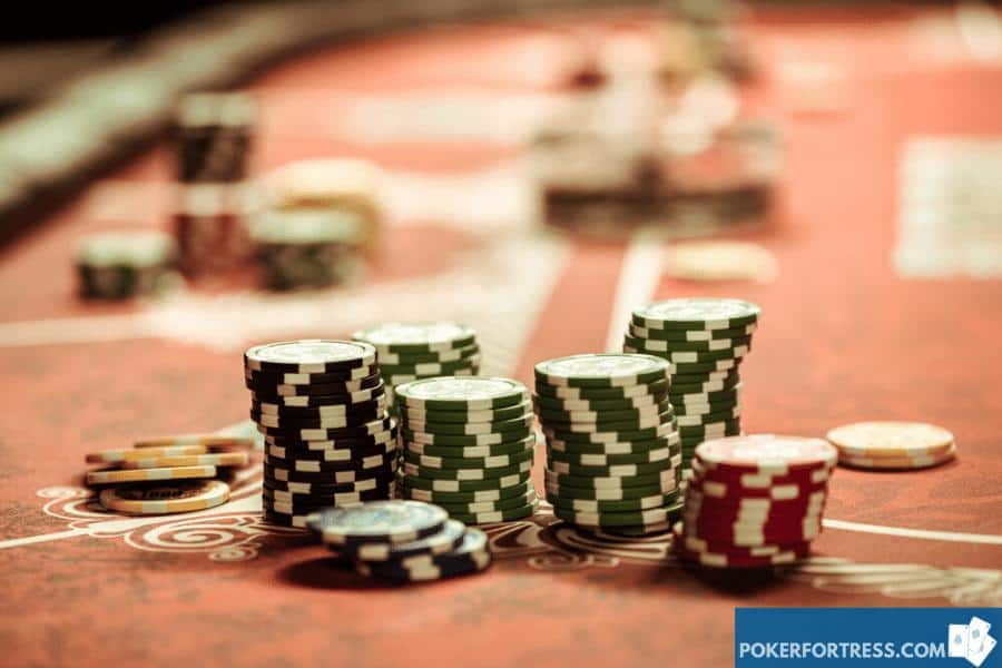 how to play short stack at a final table