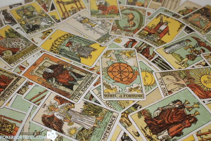 How to play poker with tarot cards