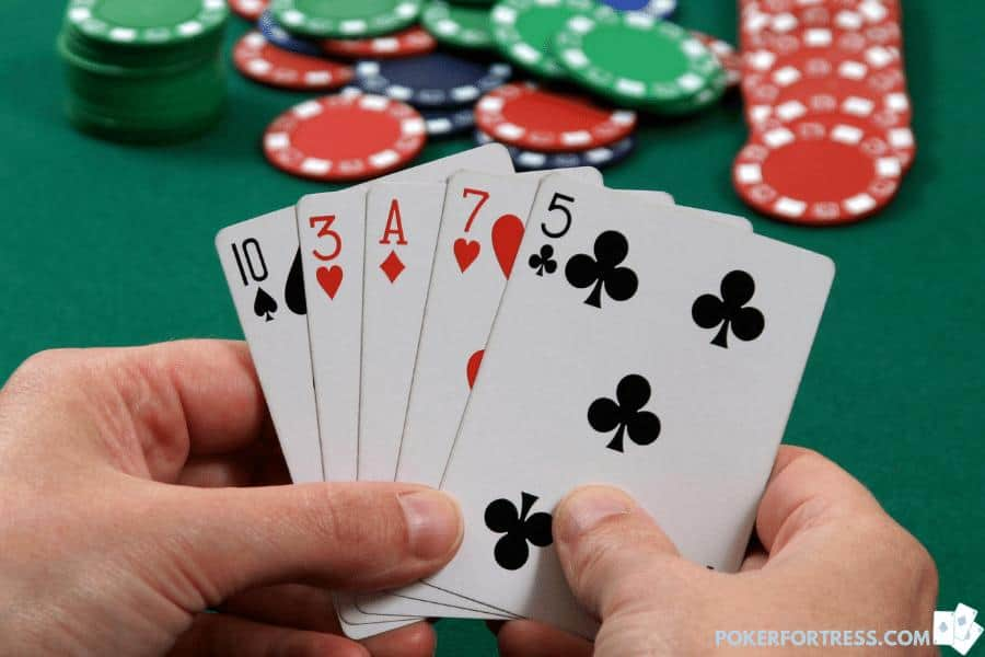 bluffing in 5 card draw
